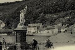 port-launay-monument-aux-morts